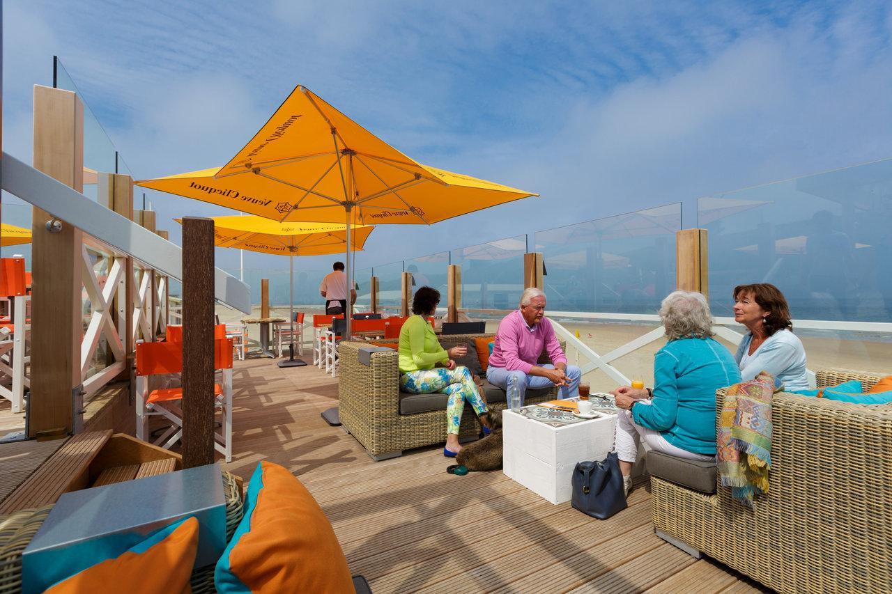 Paviljoen strand90 in domburg   eet.nu