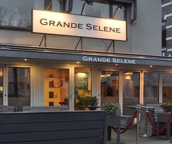 Foto van Grande Selene in Hilversum