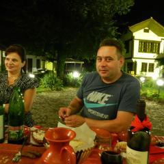 Ladna voda restaurant bij het museum thumbnail 2x
