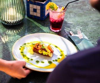 Ontbijt  lunch  borrel  diner  ijzeren man preview