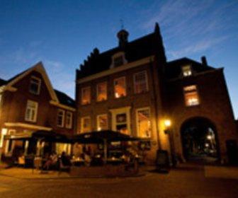 Oude stadhuis bij avond jpg20131113 9165 18czvt5 preview