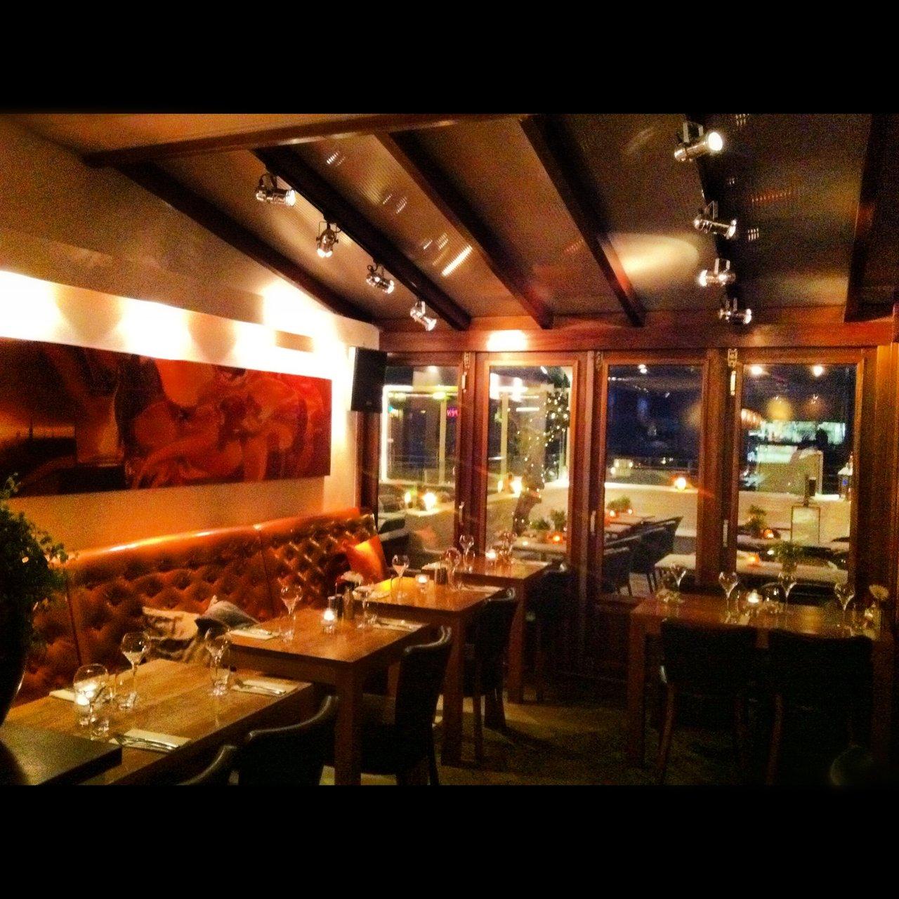 Restaurant wijnbar altro in den haag for Den haag restaurant