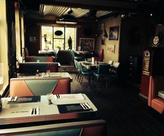 Charley's Diner