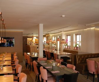 Puff-Inn Lounge