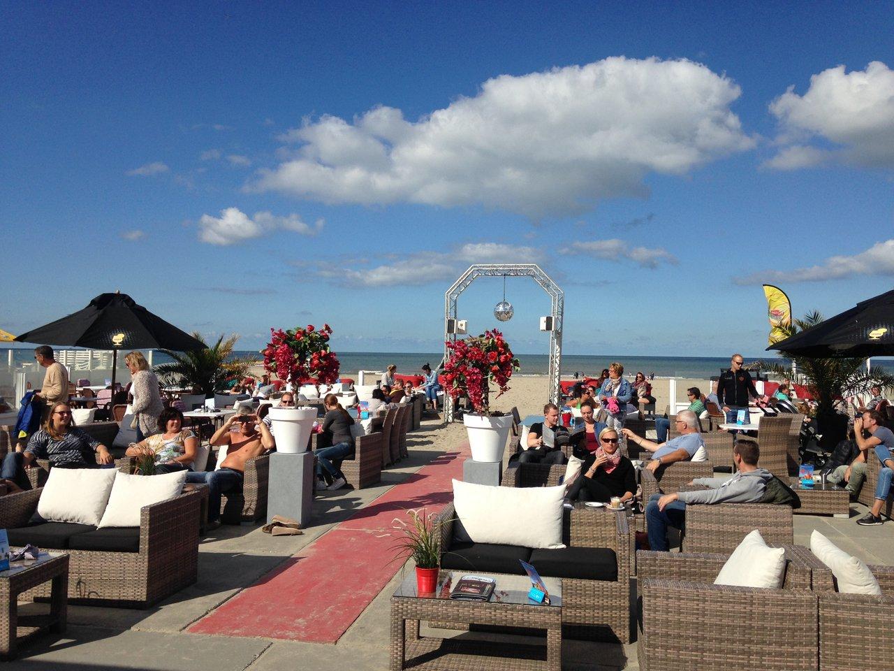 2 Seasons Beach In Hoek Van Holland Eet Nu
