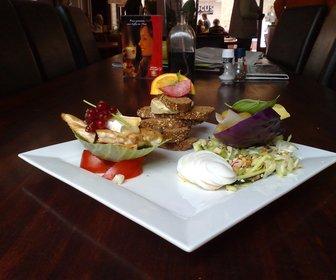 Daily-in restaurant
