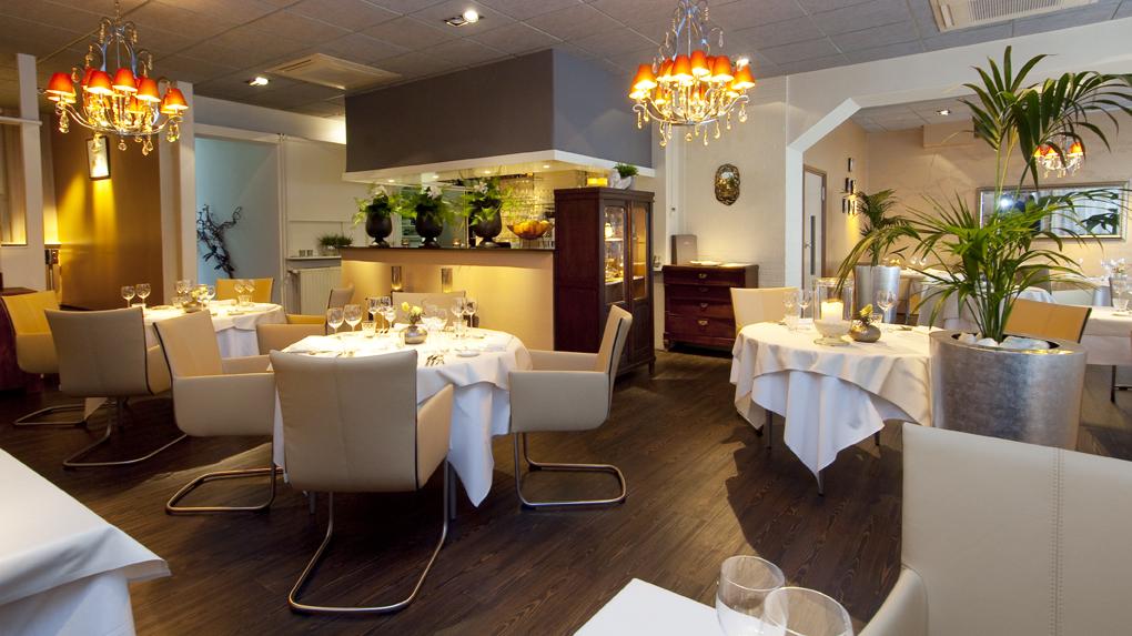 Beautiful Restaurant De Eetkamer Images - Raicesrusticas.com ...
