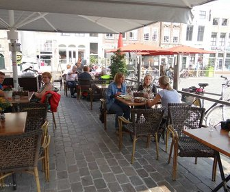 Kleintje 07 09 14 ride for the roses in zierikzee %28135%29 preview