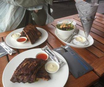 De Dining