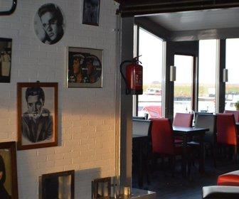 Elvis Diner Café