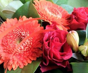 Boeket bloemen ontbijtservice preview