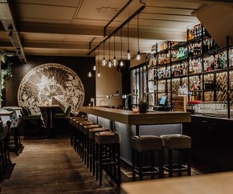 Kir Diner x Bar