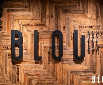 BLOU Rooftop Bar